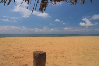 Výhled na moře kousek od Ceylonica Beach Hotelu