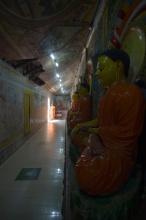 V chrámech okna nenajdete, jen dveře
