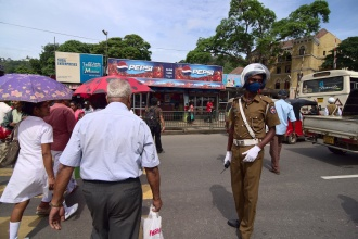 Rušný přechod u autobusového nádraží