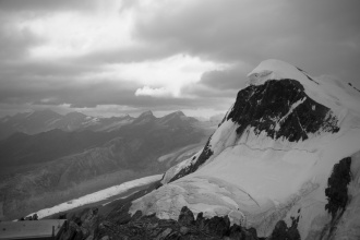 Pohled z Klein Matterhornu na Breithorn.