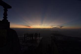Těsně před východem Slunce ...