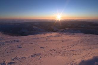 Svítání na Sněžce.