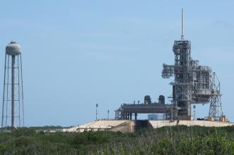 """Jedna ze dvou nejmohutnějších ramp pro raketoplány, dříve SaturnV a nově pro """"Space Launch System"""" v budoucnu."""