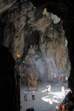 Jeskyně v Marble Mountains.